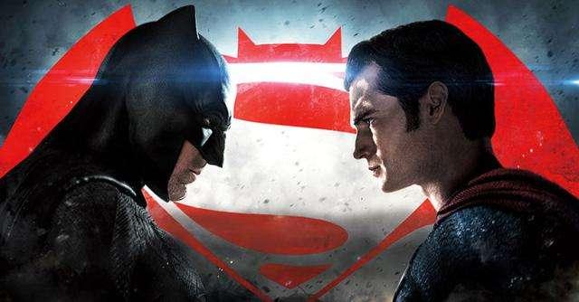 蝙蝠侠打得过超人太过BUG 剧情不合理