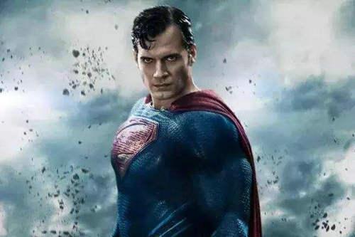 超人复活后为什么要打 超人难道有起床气