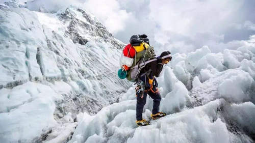 夏尔巴人抬你上珠峰是什么梗 夏尔巴人向导价格