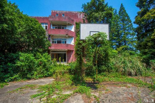 宁波西蒙学校废弃的原因 哪一年废弃的