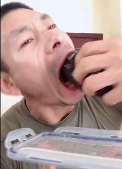 抖音大饼哥吃的什么豆腐 大饼哥是干什么的