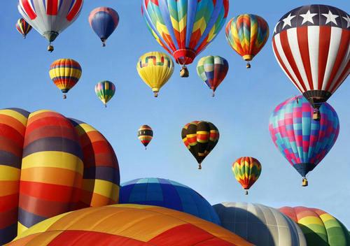 热气球上有降落伞吗 热气球安全系数怎么样