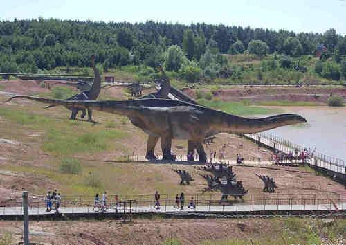 阿根廷龙是食草还是食肉的恐龙 体重能达到多少