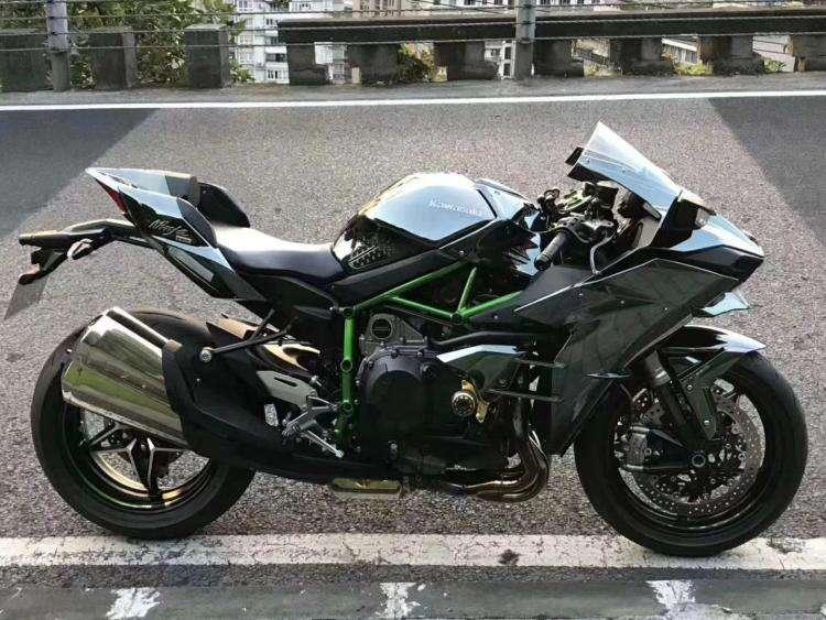 川崎H2多少钱一辆 为什么有人花这么多钱买摩托车
