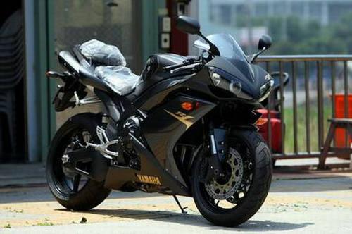 摩托车为什么起步比汽车快 摩托车加速快的原因