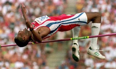 人类跳高世界记录是多少 保持着是谁