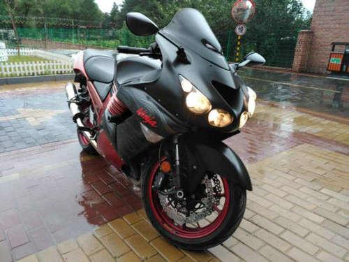 六眼魔神是什么摩托车 和H2R哪个更快