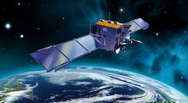 卫星是一直旋转的吗 卫星在太空靠什么动力来飞行