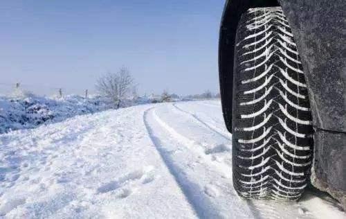 雪地轮胎和普通轮胎有什么区别 为什么可以防滑