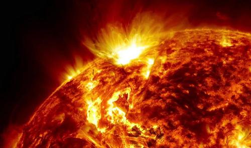 太阳燃烧有氧气吗 没有氧气为什么可以燃烧