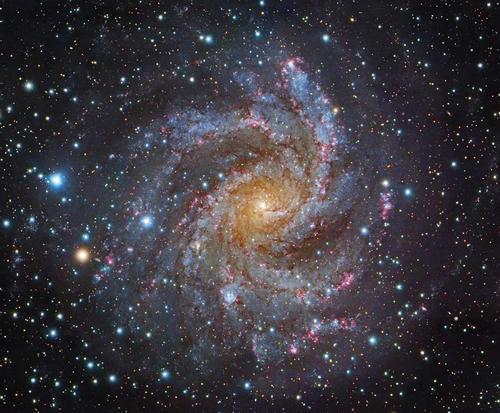星团和星系哪个更大 具体的区别是什么