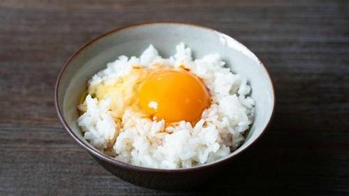 日本人为什么喜欢吃生鸡蛋 日本吃生东西的习俗