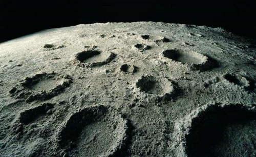 月球上有火山吗 月球火山会爆发吗