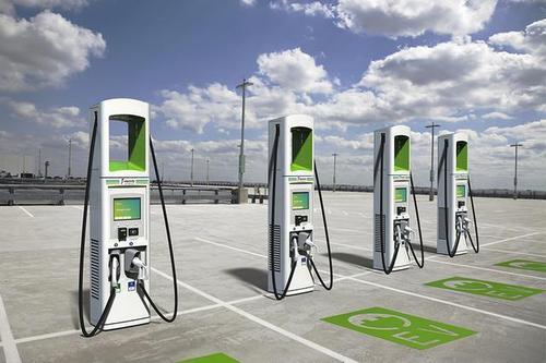 电动汽车快充电压是多少 快充有没有风险