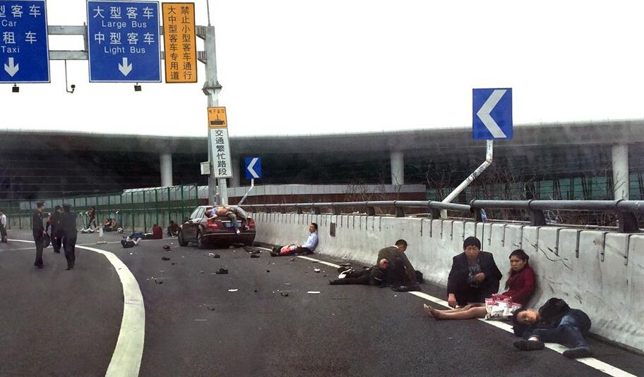 女司机撞人致9死23伤,女司机容易把油门当刹车的原因是什么?