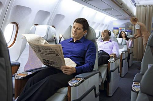"""空姐飞机上提供""""特殊服务"""""""