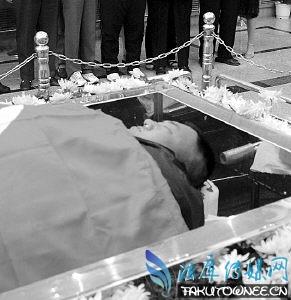 举重冠军之死潦倒去世,才力死时的照片被曝光