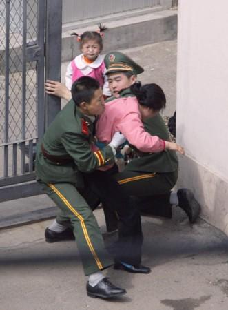 脱北者揭露朝鲜真相,朝鲜脱北者讲金正日