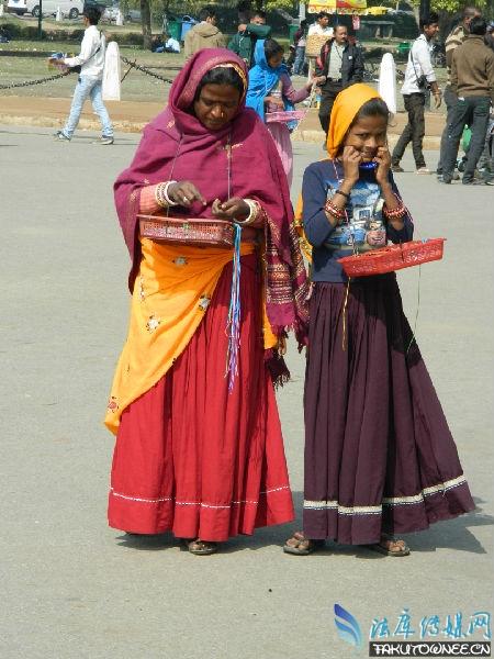 印度男子取60多位妻子,靠卖妻子发家致富!